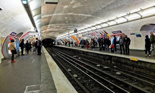 Sztrájkolnak a párizsi tömegközlekedési dolgozók