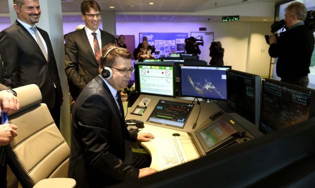 Átadták a HungaroControl távvezérlésű toronyirányító központját