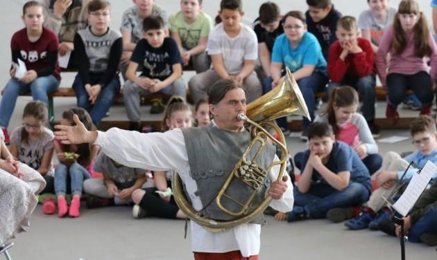 Ingyenes koncertturnéra indul a Budapesti Fesztiválzenekar