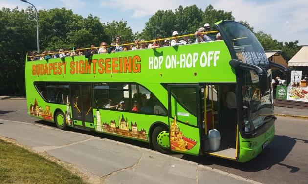 Két új busszal bővült a Program Centrum flottája