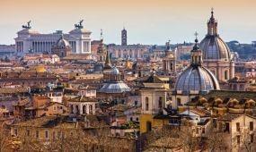 Sztrájkok, szeméthegyek és politikai káosz nehezíti meg a turisták életét Olaszországban