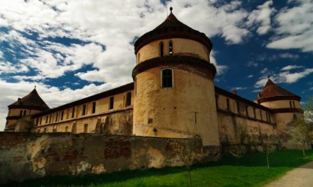 Uniós forrásból újul meg a Rákócziak borosjenői vára