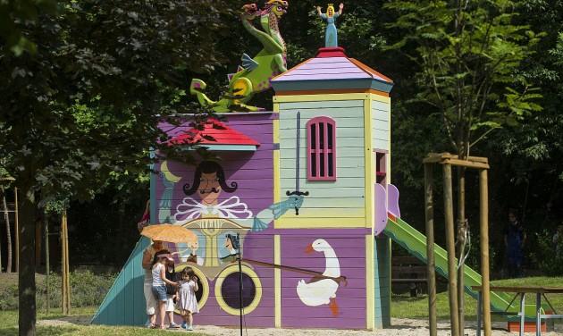 Magyar népmesék játszóteret adtak át Kecskeméten