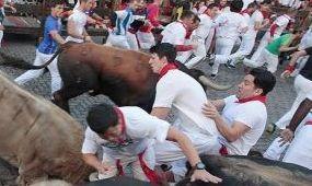 Megúszták a bikafuttatást Pamplonában