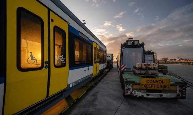 Jövő héten megérkezik a második tram-train Magyarországra