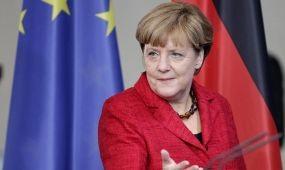 Merkel figyelembe venné az utazásközvetítők érdekeit