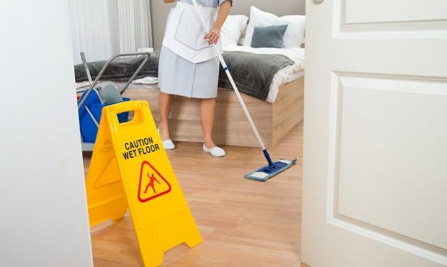 Ingyenes takarítás, fertőtlenítés a koronavírus sújtotta vállalkozásoknak