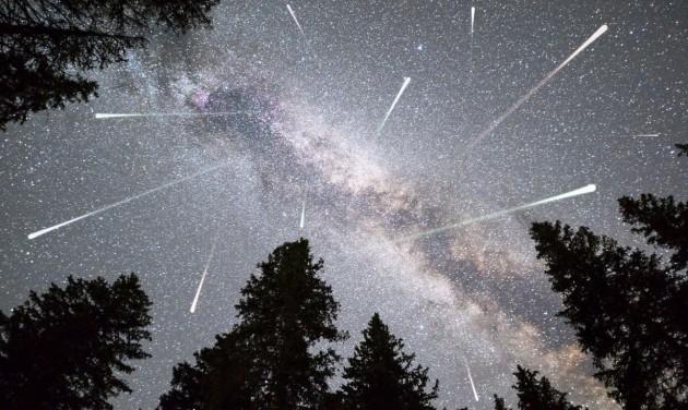 Augusztusban határ a csillagos ég!