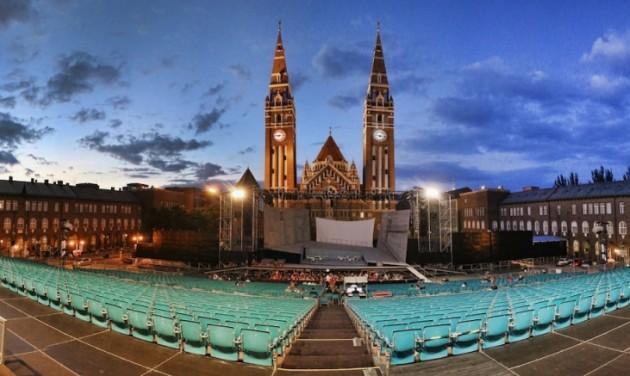Quasimodo hódít a Szegedi Szabadtéri Játékokon