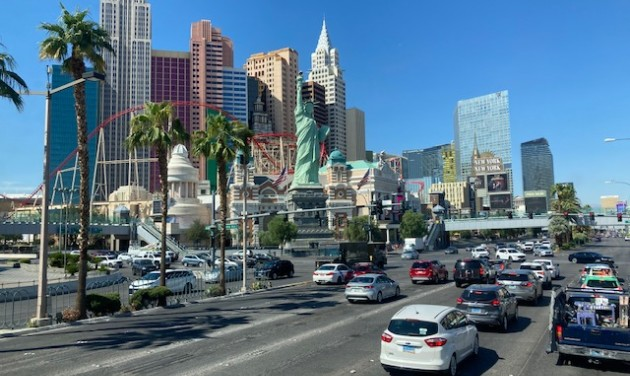 Felpezsdült Las Vegas, lassan beindul a turizmus