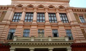 Időkapszulát találtak a Budapesti Gazdasági Egyetem épületében