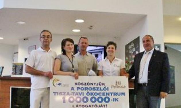Egymilliomodik látogató a Tisza-tavi Ökocentrumban
