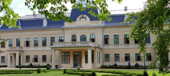 Javában zajlik a gyulai Harruckern–Wenckheim–Almásy-kastély turisztikai fejlesztése