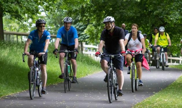 Kerékpárral az egész országon át