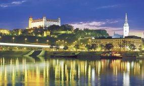 Nosztalgiavonattal és szárnyashajóval is utazhatunk Szlovákiába