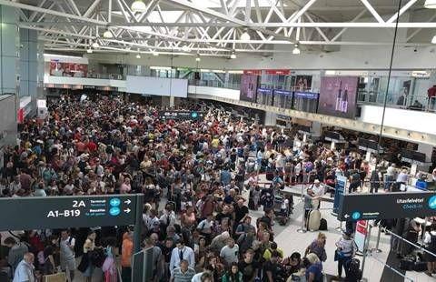 VIP-kiszolgálást kínál a reptéren a ViaSale