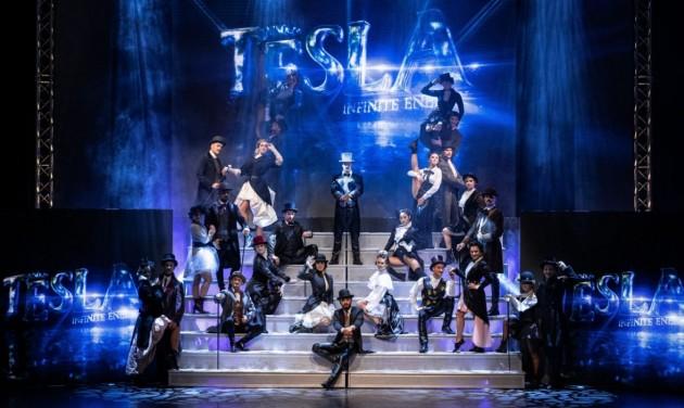 A Margitszigeti Szabadtéri Színpadon tartják a Tesla musical szabadtéri bemutatóját