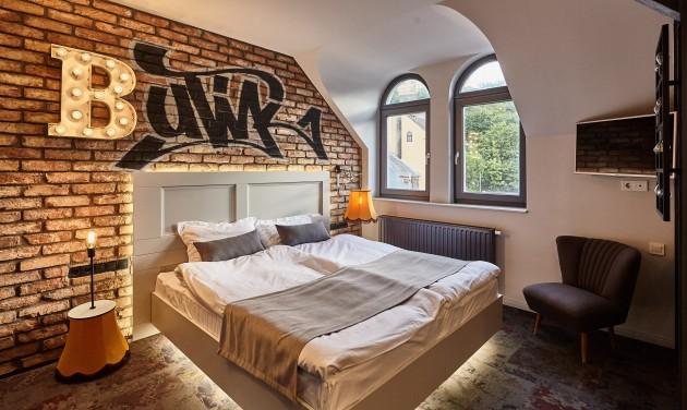 NAPPALI recepciós, Butik Design Buda