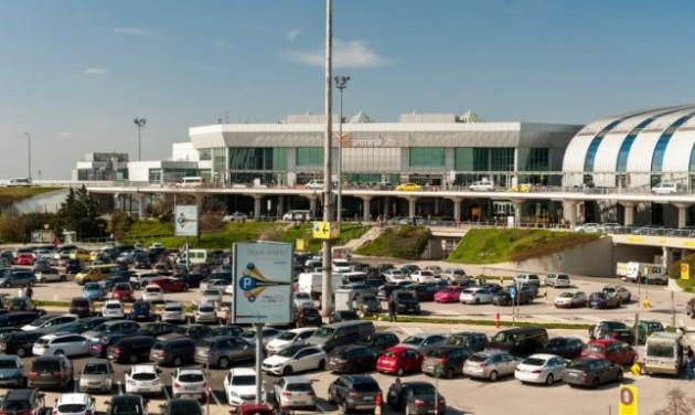Szűkültek a parkolási lehetőségek a budapesti reptéren