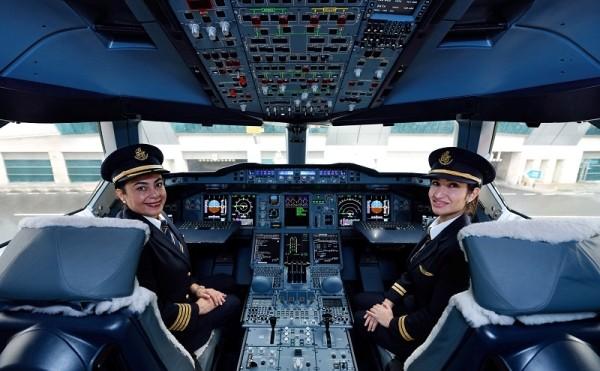 A nők előtt tiszteleg az Emirates
