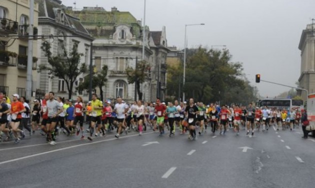 Közel 3000 külföldi indul a Budapest Maratonon