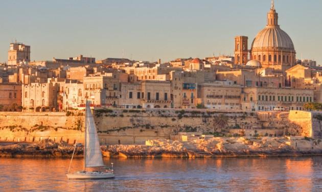 Itt a máltai hotelek listája, ahol akár 200 eurót kaphatnak a nyaralók