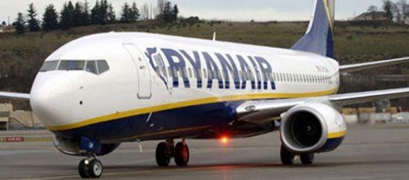 Megtévesztő reklámok miatt bírságolta a Ryanairt a GVH