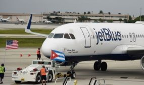50 év után először landolt amerikai menetrend szerinti járat Kubában