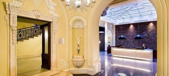 Változások a Hotel Parlament és a Palazzo Zichy vezetőségében