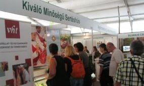 Kiváló Minőségű Sertéshúst kóstoltat az AMC a Farmer-Expón