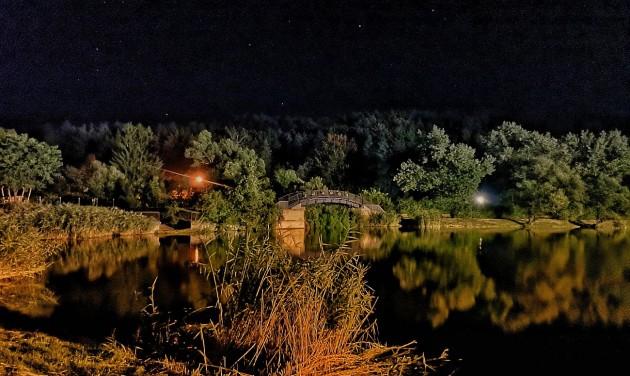 Éjszaka még gyönyörűbb Salgótarján tava
