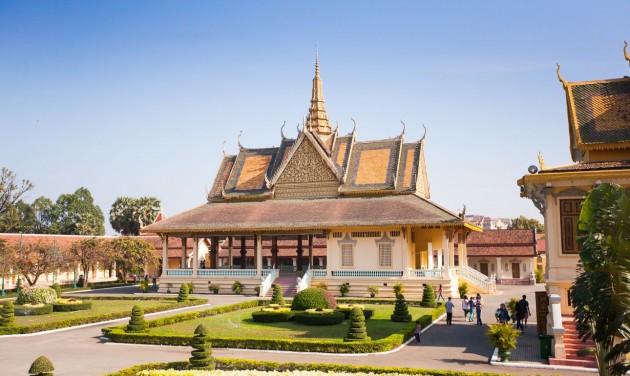 Gyorsforgalmi út lendíthet a turizmuson Kambodzsában