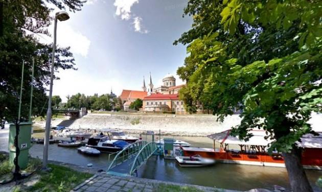Szállodahajóknak fejlesztik a kikötőt Esztergomban