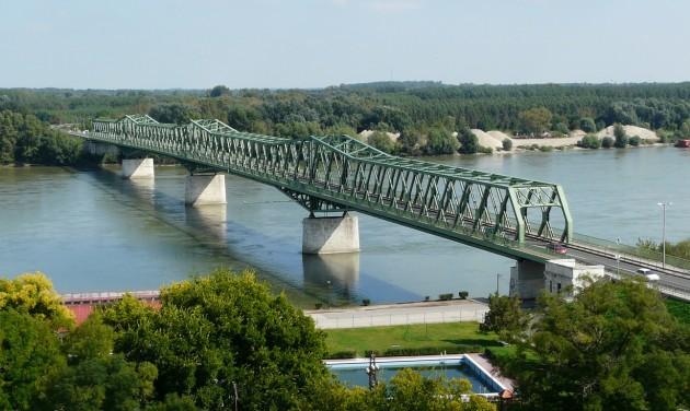 Megújul a Duna-part Dunaföldváron