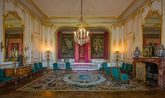 Elérhető a Loire-völgyi kastélyok új, magyar nyelvű sales brosúrája