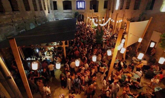 Helyi népszavazást tartanának a belső-erzsébetvárosi szórakozóhelyek nyitvatartásáról