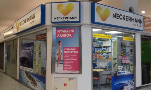 Neckermann: Nem érheti anyagi kár az utasainkat