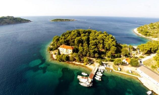 Turistainváziótól tartanak a horvát Mamma Mia miatt