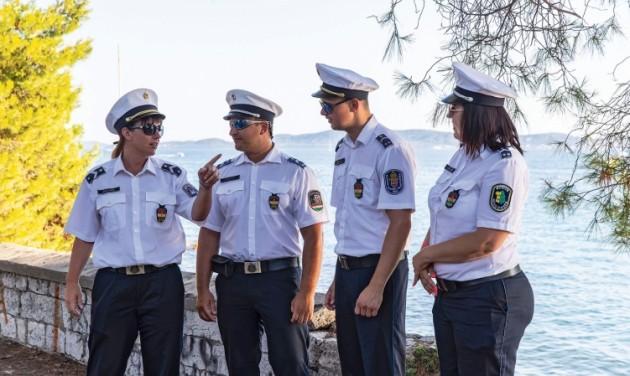 Idén is segítik magyar rendőrök a Horvátországban nyaralókat
