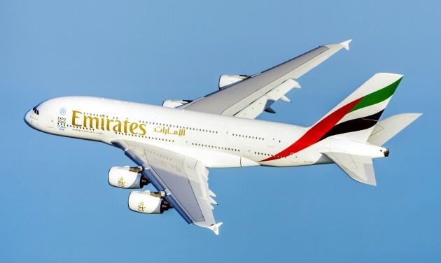 Pilótákat kölcsönözne az Emirates