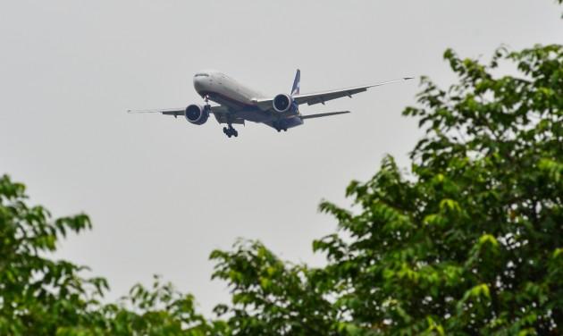 Felfüggesztik a Boeing 777-esek repülését