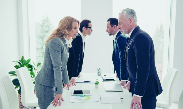 Hogyan ismerjük fel a munkahelyi játszmákat és hogy lépjünk ki belőlük?