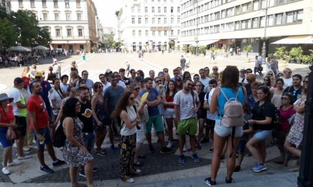 Spanish / English-speaking Tour Guide, Budapest