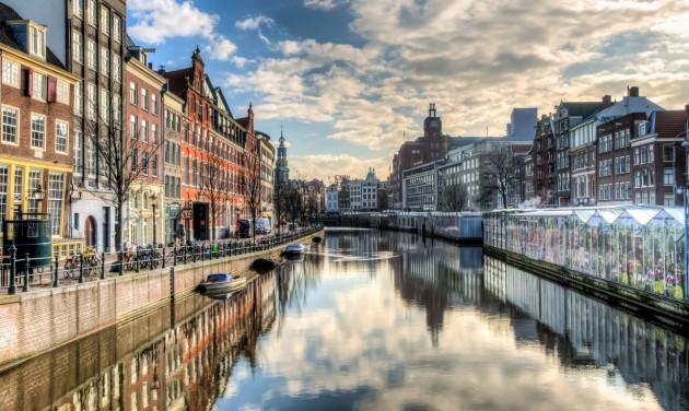 Elindult az easyJet amszterdami járata