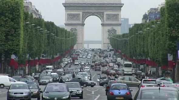 Tovább korlátoznák a gépkocsiforgalmat Párizsban