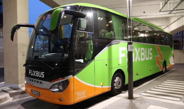A szomszédos országokba utaztak a legtöbben busszal a nyáron