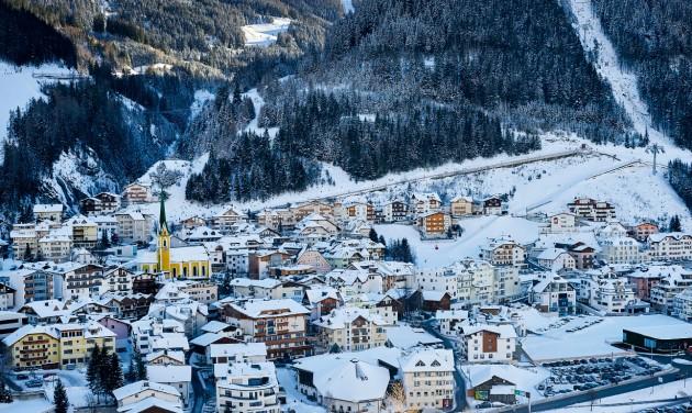 Ischgli koronavírus-áldozatok hozzátartozói perlik az osztrák államot