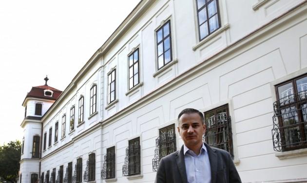 Átélhető kiállításokkal nyit jövőre a tatai Esterházy-kastély