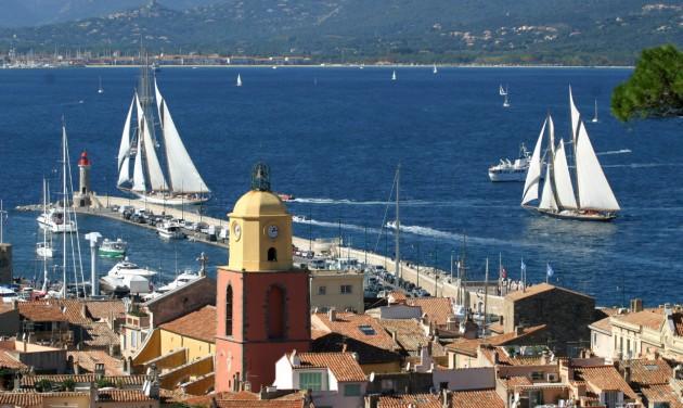 Saint-Tropez strandjaitól a becsomagolt Diadalívig