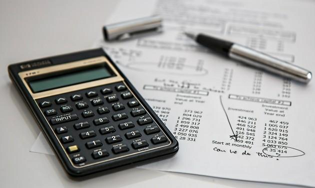 Áfáról és iparűzési adóról a Vezinfó konferenciáján